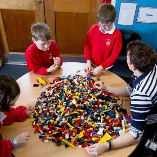 lego therapy club στα Βριλήσσια