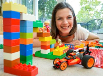 Gina Gomez - θεραπεία-με-βαση-τα-lego-σεμιναριο