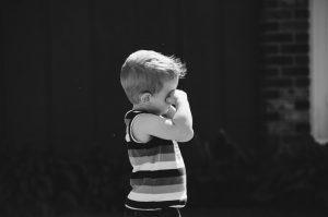επιθετικό παιδί - play therapy